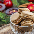 Parisian macaroons in christmas setting — Photo