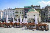 Der Hauptplatz ist der Marktplatz der Altstadt im kra — Stockfoto