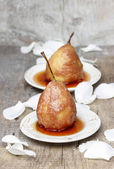 Pear in caramel, popular wedding dessert — Stock Photo
