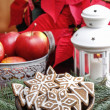 Bowl of gingerbread cookies. Christmas mood — Stock Photo