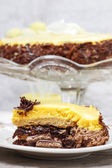 Vanilla and chocolate layer cake. — Stock Photo