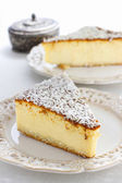 Traditional cheesecake — Stock Photo