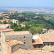 Picturesque view on historic buildings of Volterra in Tuscany, Italy — Stock Photo