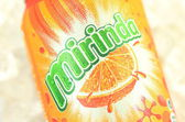 Can of Mirinda drink on ice — Foto Stock
