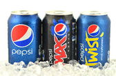 Can of Pepsi, Pepsi Max and Pepsi Twist drink on ice — Stock Photo