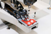 Machine for sewing on buttons of electric type — Foto de Stock