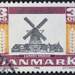 Vintage wooden windmill — Stock Photo #37460403