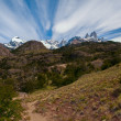 Cerro Torre and Fitz Roy from trekking road heading to the base camp — Stock Photo