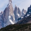 Cerro Torre from trekking road heading to the base camp — Stock Photo