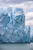 Perito Moreno glacier in Argentina close up — Stok fotoğraf