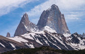 Mount Fitz Roy on the trekking tour from El Chalten silhouette — Stock Photo