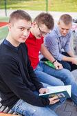 Students reading books — Stock Photo