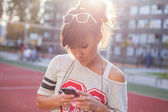 Girl with phone — Stock Photo