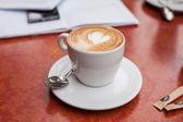 Heart drawing on latte — Foto Stock