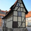 An old half-timbered house in the Old Town of Quedlinburg — Stock Photo