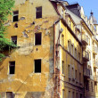 Old dilapidated house in Karlovy Vary  — Stock Photo