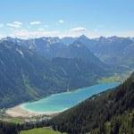 Beautiful view to lake achensee, austria — Stock Photo #22313233