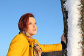 Young woman, wintry clothed, outdoors — Stock Photo