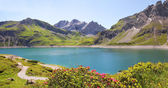 Lunersee and glacier, austria — Stock Photo