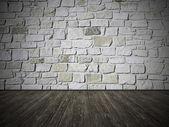 Rustikale Raumgestaltung mit verwitterten hölzernen Planken und natürliche Steinmauer — Stockfoto