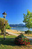 Lakeside promenade, lake tegernsee, germany — Stockfoto