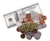 Marijuana, Change and Cash — Stock Photo