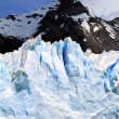 Glacier and Mountain Peak — Stockfoto