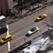 Yellow Taxis and Cars in Greenwich Street Manhattan New-York — Stock Photo