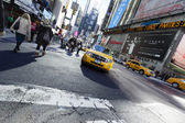 Yellow Taxi at Times Square — Stock Photo