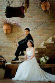 Asian wedding couple show concept of love — Stockfoto