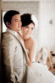 Wedding couple show concept of love — Stock Photo