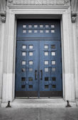 St-Joseph Oratory, blue door — Stock Photo