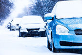 Parked Cars on a Snowstorm Winter Day — Стоковое фото
