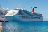 Carnival Triumph in Port — Stock Photo