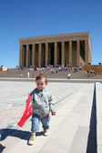 Child at the Anitkabir, Mausoleum of Ataturk — Stock Photo