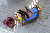 Es ist ein schuhputzservice-satz. es dient zum polieren von schuhen. — Stockfoto