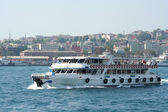 Passenger ships in the Gulf of the Golden Horn in Istanbul, Turkey — Stock Photo