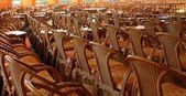 Reihen von Stühlen — Stockfoto