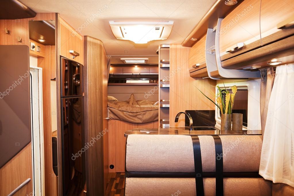 Interior de lujo autocaravanas foto de stock banoart - Interiores de caravanas ...