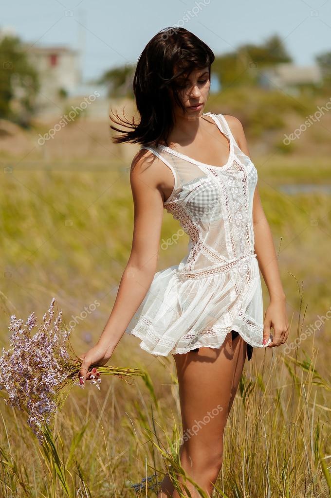 в белом платье эротика-сф2
