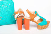 Summer beautiful high heels and handbag — Stockfoto