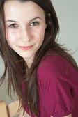 Piękny młody dorosły (nastolatek) kaukaski kobieta — Zdjęcie stockowe