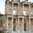 The remains and statues of the enormous Library of Celsus in the city of Ephesus in modern day Turkey — Stok fotoğraf