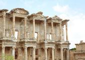The remains and statues of the enormous Library of Celsus in the city of Ephesus in modern day Turkey — Stock Photo