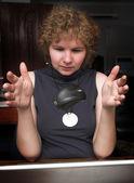 Ratón levitando de mujer de negocios — Foto de Stock
