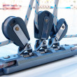 Close-up of pulley and ropes on a yacht - Foto Stock