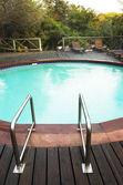 外部的一个游泳池的一间小屋 — 图库照片