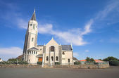 Blue sky with dramatic clouds over a desert town Dutch Reformed Church, Hanover, South Africa — Stock Photo