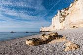 скалы в этрета, франция — Стоковое фото