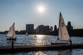 Jachty na charles river, boston — Zdjęcie stockowe